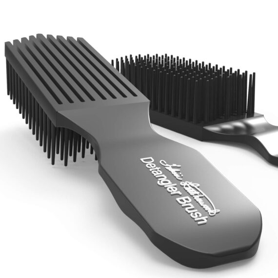 Felicia Leatherwood - Detangler Brush black